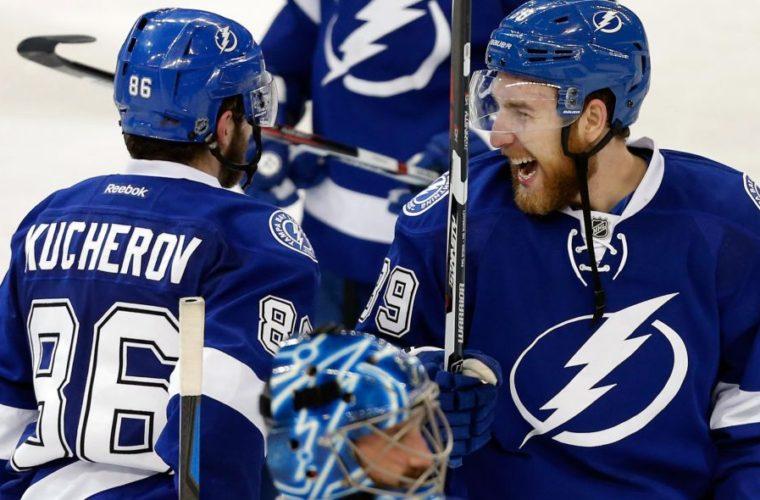 Кучеров стал первой звездой дня в НХЛ