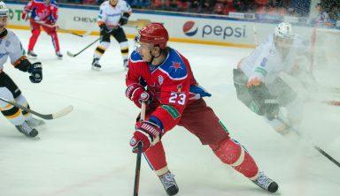 Овечкин повторил рекорд Федорова по количеству заброшенных шайб