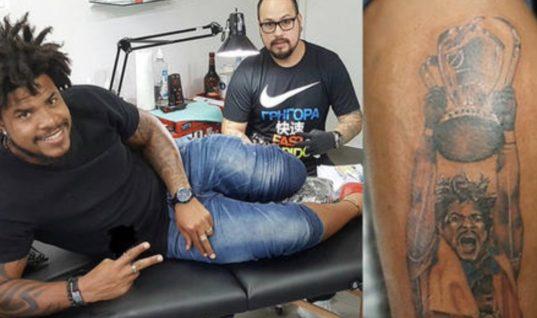 Игрок «Сиэтл Саундерс» набил татуировку в честь себя любимого