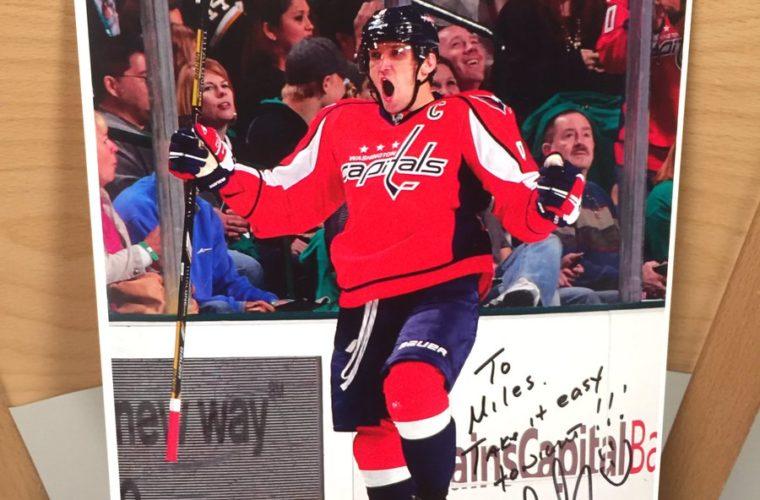 Овечкин дал автограф игроку «Нью-Джерси» спустя 10 лет после его просьбы
