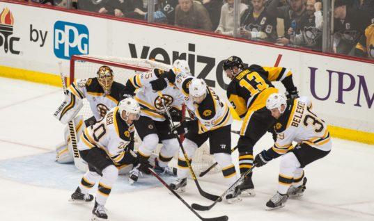 «Питтсбург» и «Бостон» досрочно завершили первый период из-за растаявшего льда