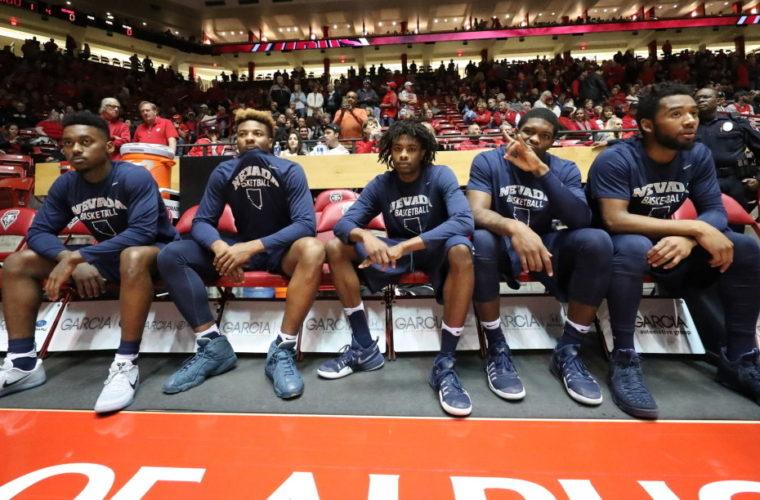 Клуб NCAA успел отыграть 14 очков за минуту и выиграть в овертайме