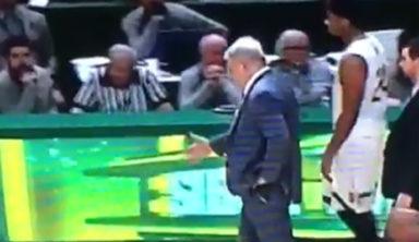 Главный тренер баскетбольной команды «пожал руки» виртуальным соперникам