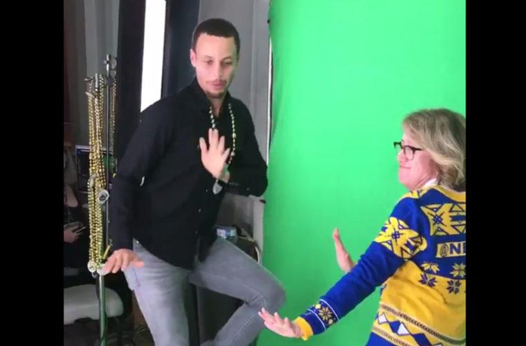 танцующая мама