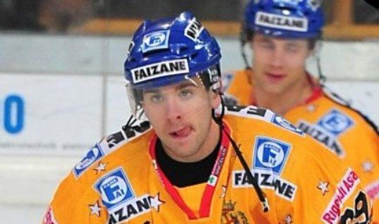 Хоккеист дебютировал в НХЛ спустя десять лет после выбора на драфте