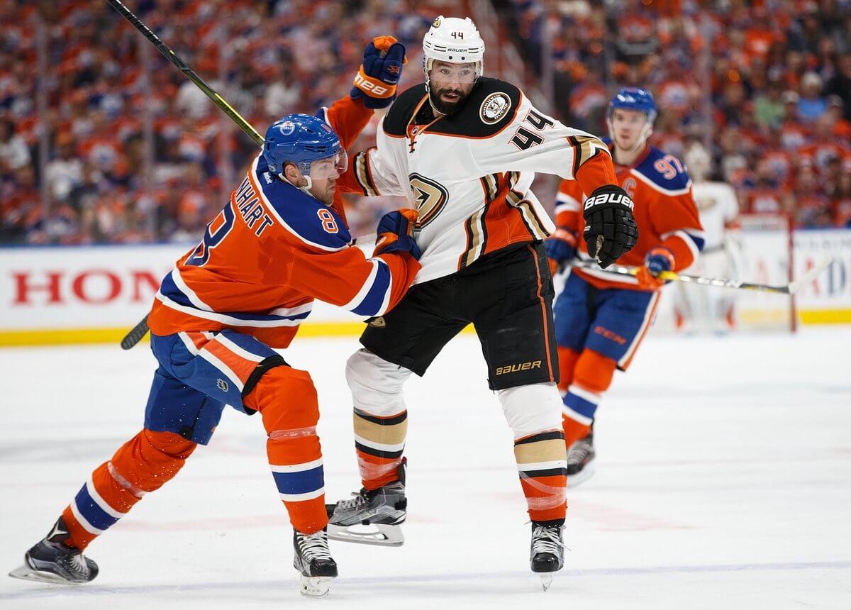 «Анахайм» обыграл «Эдмонтон» истал последним полуфиналистом плей-офф НХЛ