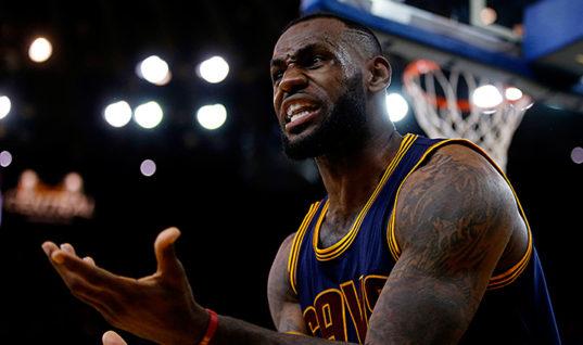Джеймс обошёл Абдул-Джаббара в списке самых результативных игроков плей-офф НБА