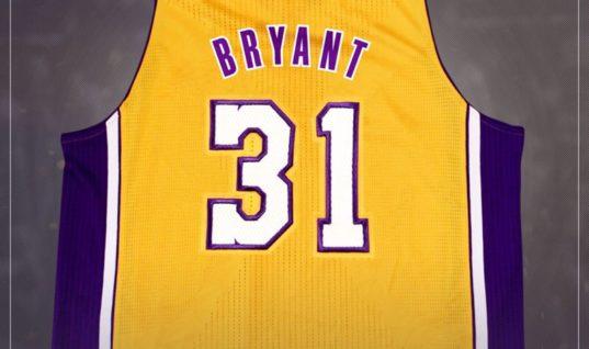 Болельщики «Лейкерс» потребовали не использовать фамилию Брайанта