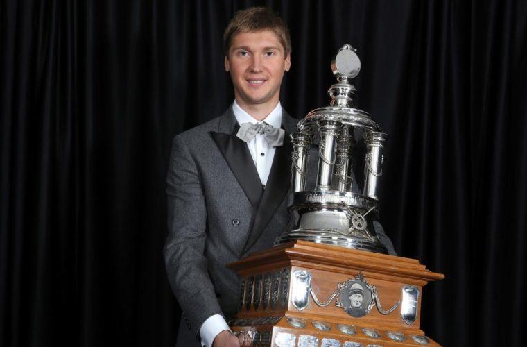 Сергей Бобровский во 2-ой раз вкарьере признан лучшим вратарем НХЛ