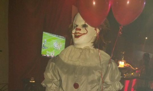 Леброн Джеймс облачился на Хэллоуин костюм клоуна Пеннивайза