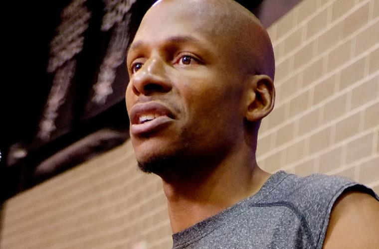 Мужчина рассказал о романтических отношениях с Алленом — звезда НБА всё отрицает