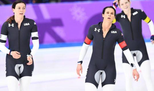 Спецы объяснили, почему у американских конькобежцев такие странные костюмы