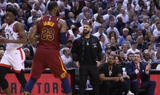 НБА потребовала от рэпера Дрейка не оскорблять игроков