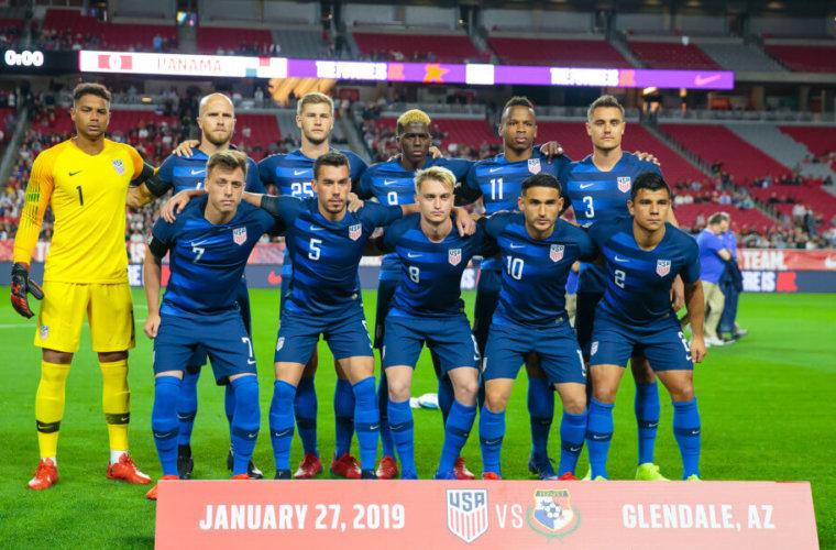 На матч сборной США по футболу почти никто не пришёл