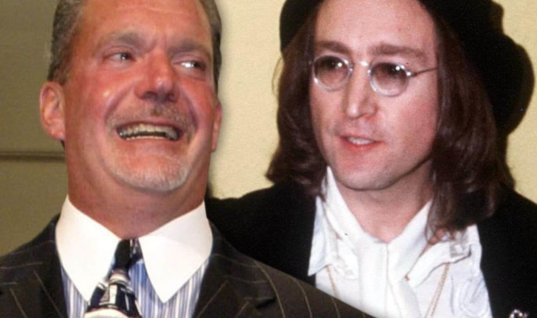 """Владелец """"Колтс"""" купил рояль Леннона за 700 тыс. долларов"""