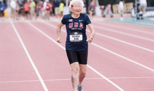 103-летняя атлетка продолжает бить рекорды на стометровке