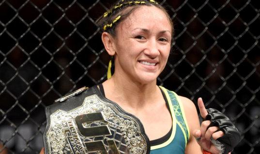 Боец UFC расстроилась из-за вылитого на неё пива