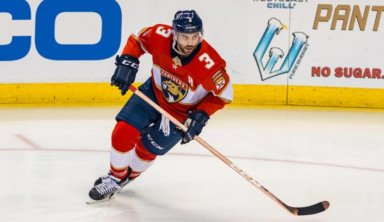 Тренер поразился потерявшему девять зубов игроку НХЛ