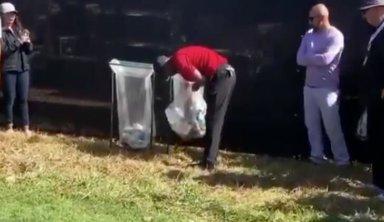 Вудсу пришлось доставать мяч для гольфа из мусорки