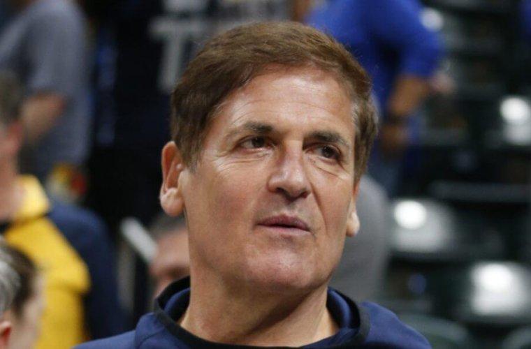 Владелец клуба НБА верит в завершение сезона летом